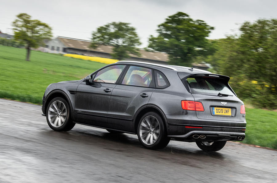 Bentley Bentayga Speed 2019 UK first drive review - cornering rear