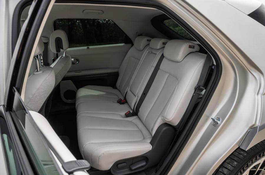 17 Hyundai Ioniq 5 2021 FD plaques de Norvège sièges arrière