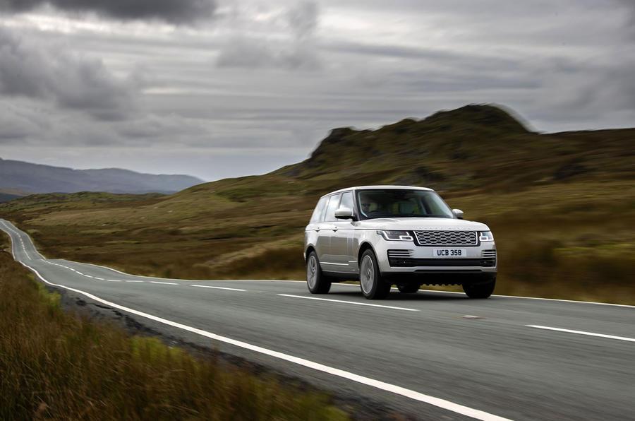 Land Rover Range Rover D300 2020 Premier bilan de conduite au Royaume-Uni - sur la route