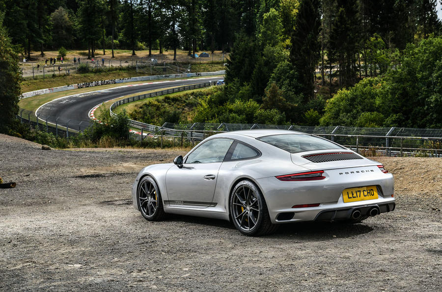 Litchfield Porsche 911 Carrera T 2018 first drive review - static rear