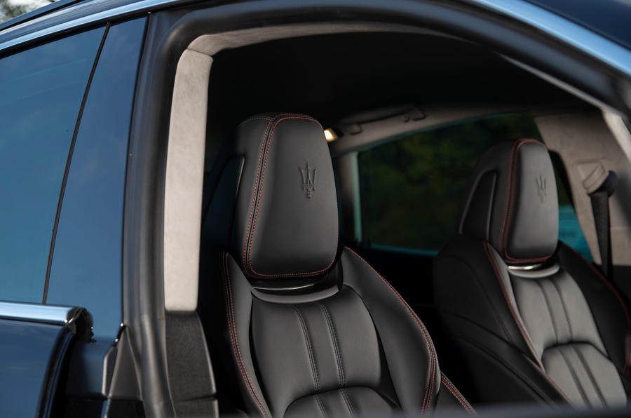 Maserati Levante GranSport V6 2018 first drive - front seats
