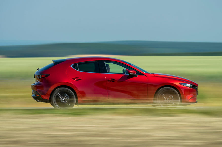 Mazda 3 Skyactiv-X 2019 first drive review - on the road side