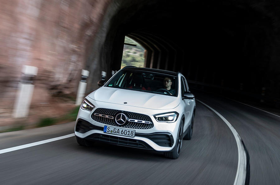 Mercedes-Benz GLA 2020 UK first drive review - cornering