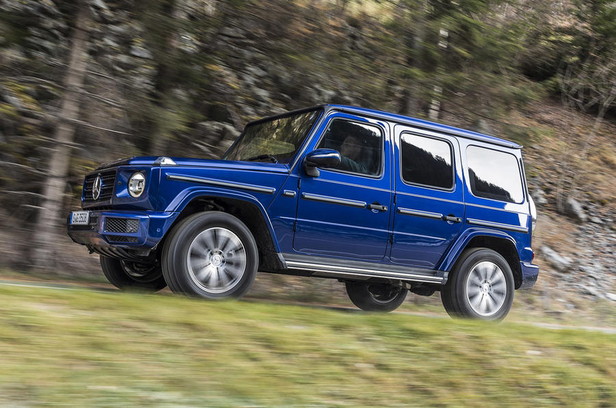 Mercedes-Benz G-Class G350d 2018 first drive review - on the road right side