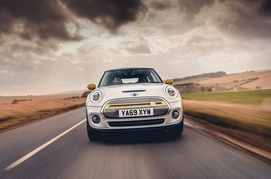Mini Electric 2020 UK first drive review - on the road nose