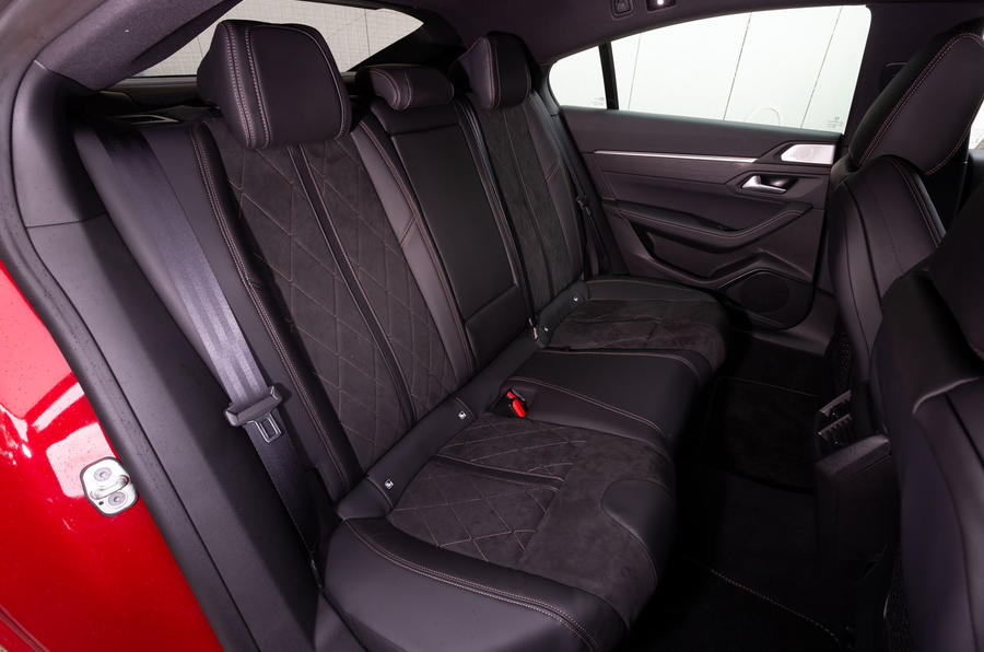 Peugeot 508 2018 review rear seats