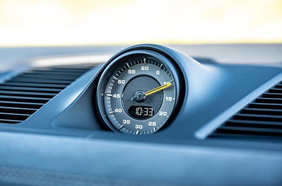 17 Porsche Cayenne Turbo GT 2021 UE FD sport chrono