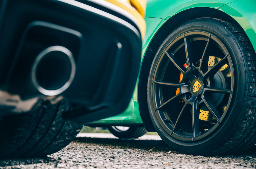 Porsche Cayman GTS - wheel