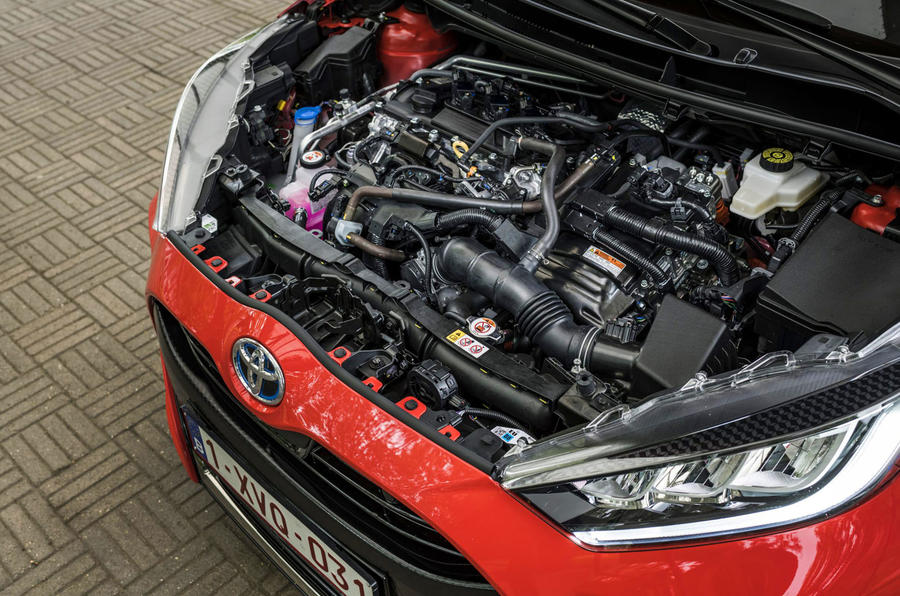 Toyota Yaris hybrid 2020 UK first drive review - engine