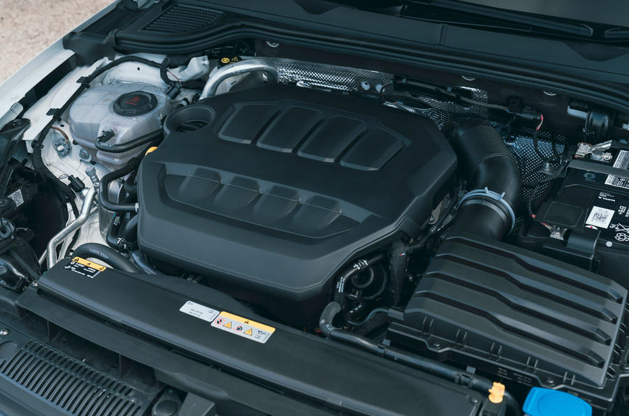 17 Volkswagen Golf GTI Clubsport 45 2021 UE FD moteur