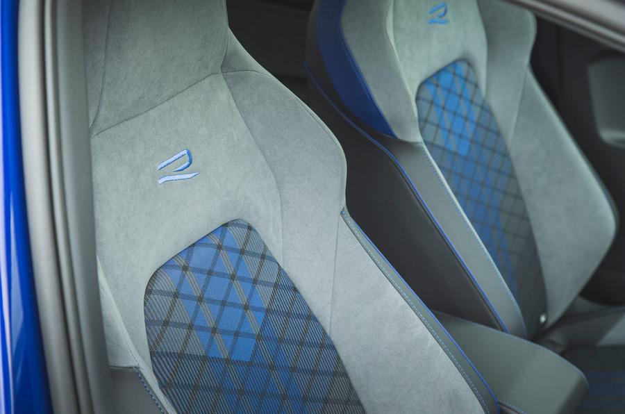 17 Volkswagen Golf R performance pack 2021 UE FD sièges