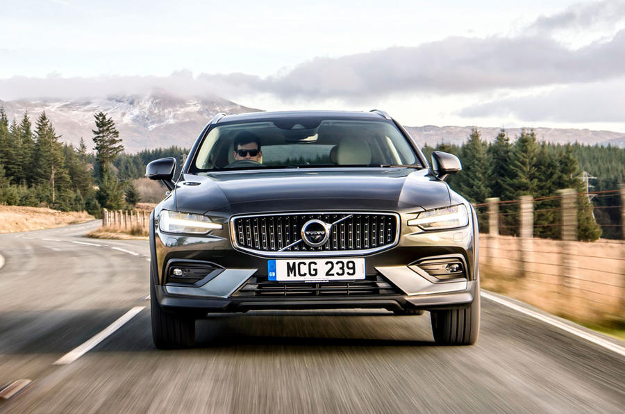 Volvo V60 Cross Country 2019 UK first drive review - hero nose