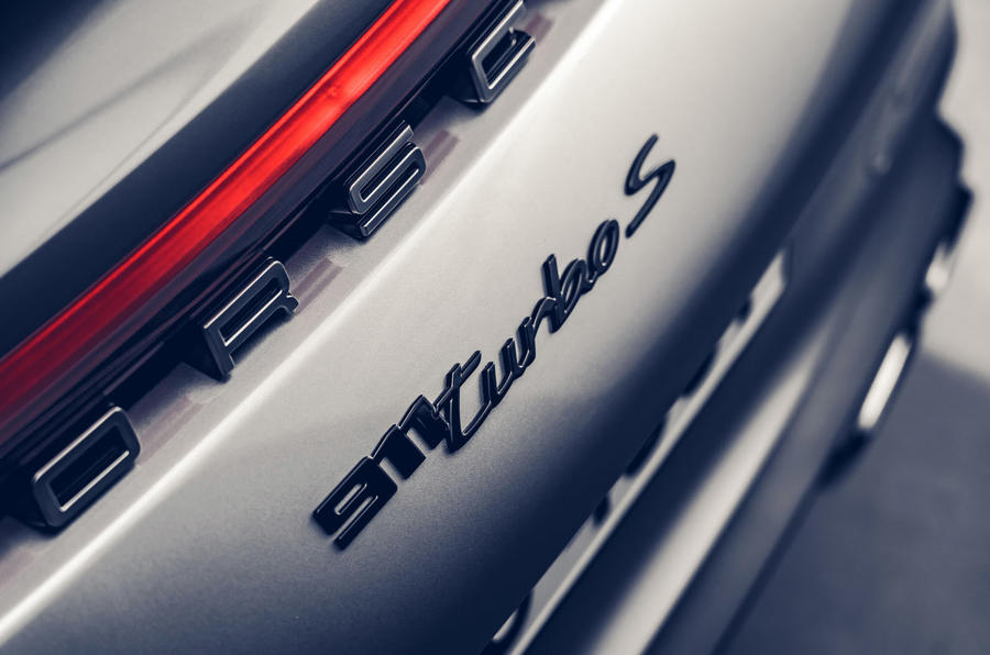 Porsche 911 Turbo S 2020 - badge