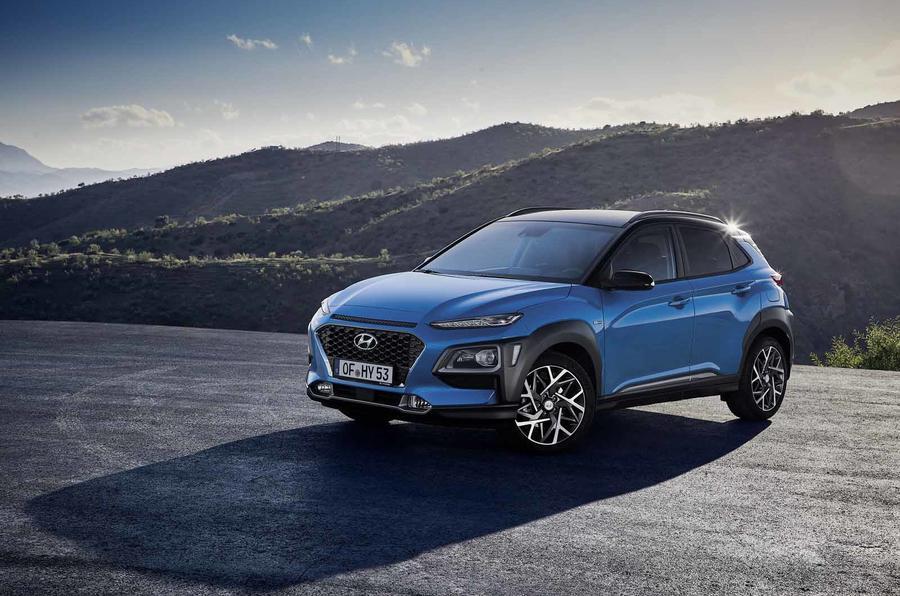 New Hyundai Kona Hybrid Revealed As 70mpg Small Suv Autocar