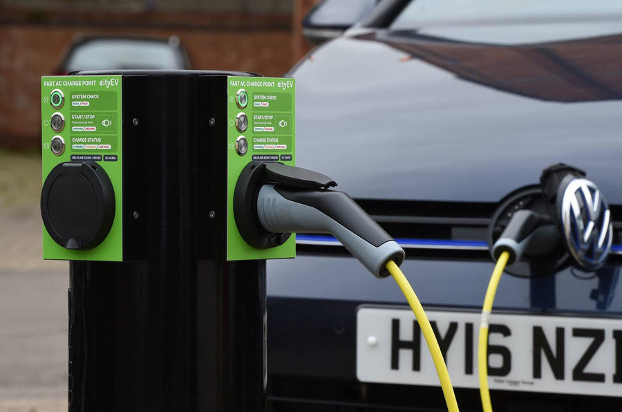 City EV 3kW charger charging VW E-Golf