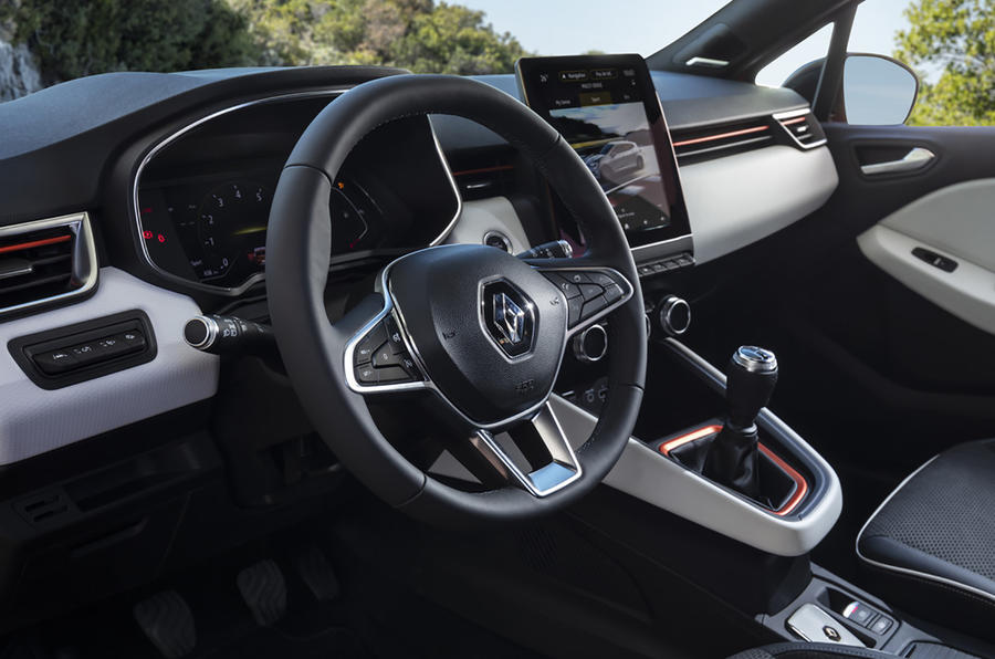 Renault Clio 2019 first drive review - steering wheel
