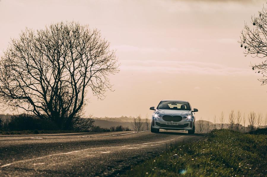 18 BMW 1 Series 128ti 2021 : le premier examen de conduite au Royaume-Uni prend fin