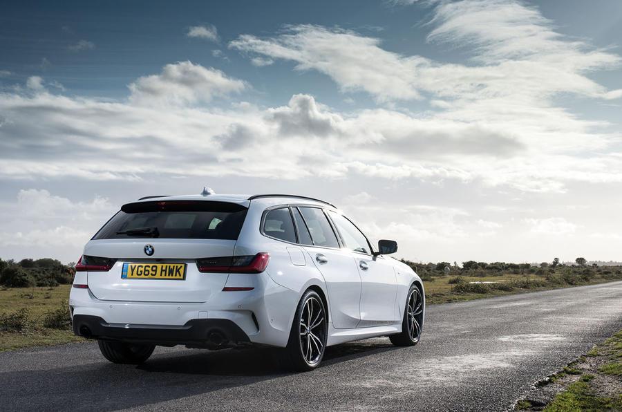BMW 3 Series Touring 330d xDrive 2019 UK review | Autocar