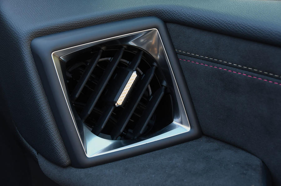 DS 3 Crossback 2019 first drive review - air vents