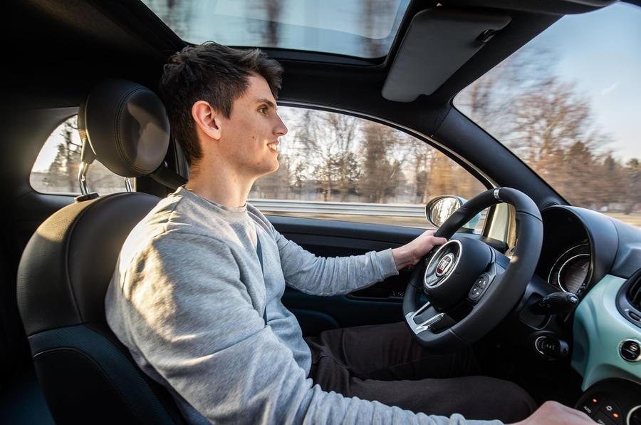Fiat 500 Hybrid 2020 first drive review - Simon Davis driving