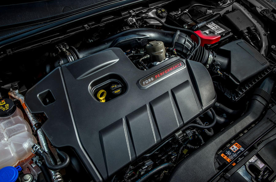Ford Focus ST 2019 first drive review - engine