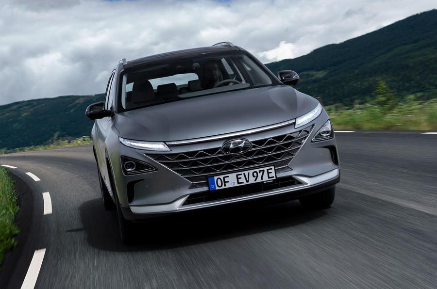 Hyundai Nexo 2019 first drive review cornering front