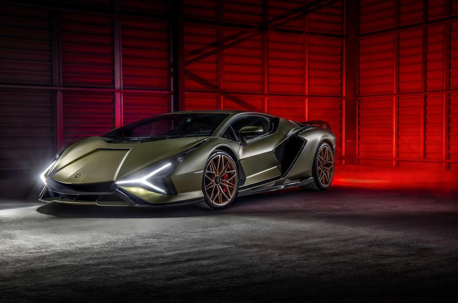 18 Lamborghini Sian 2021 : premier examen de la traction avant au Royaume-Uni
