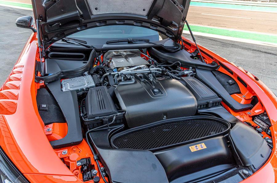 Mercedes-AMG GT Black Series 2020 : premier bilan de conduite - moteur