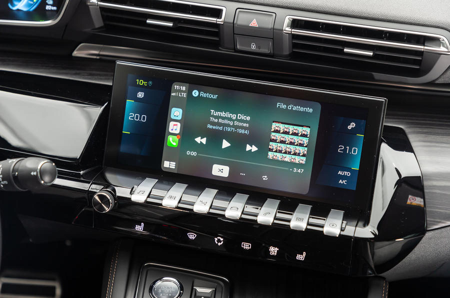 Peugeot 508 Hybrid4 2020 first drive review - CarPlay