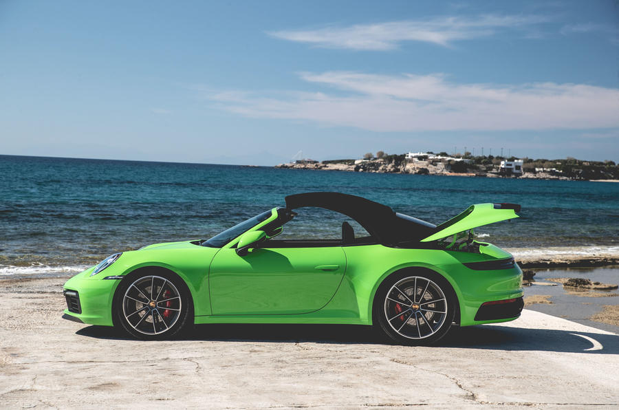 Porsche 911 Cabriolet 2019 first drive review - roof closing
