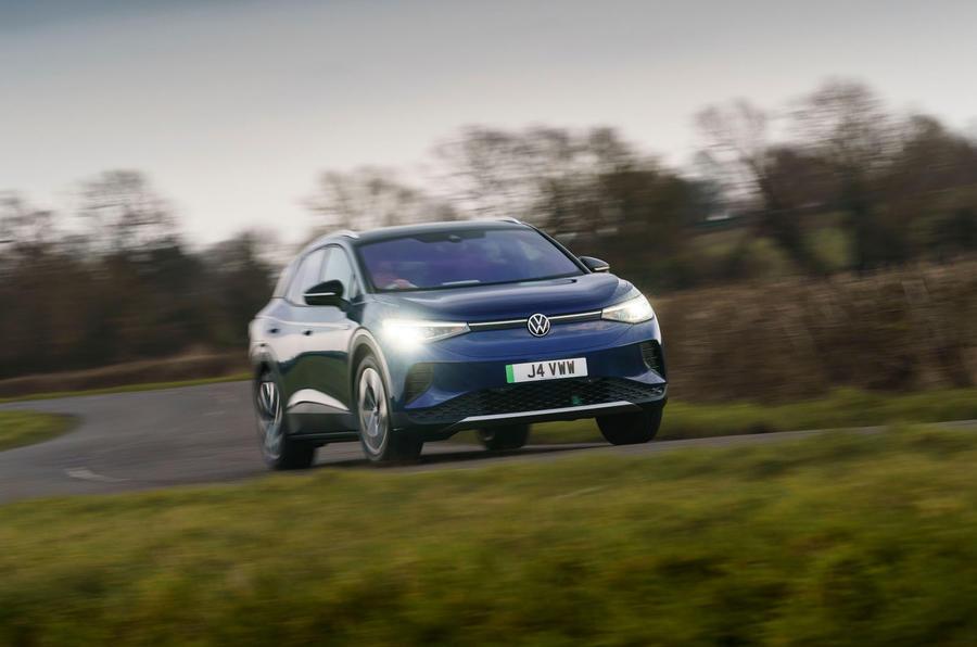 18 Volkswagen ID 4 2021 UE : essai routier sur route avant