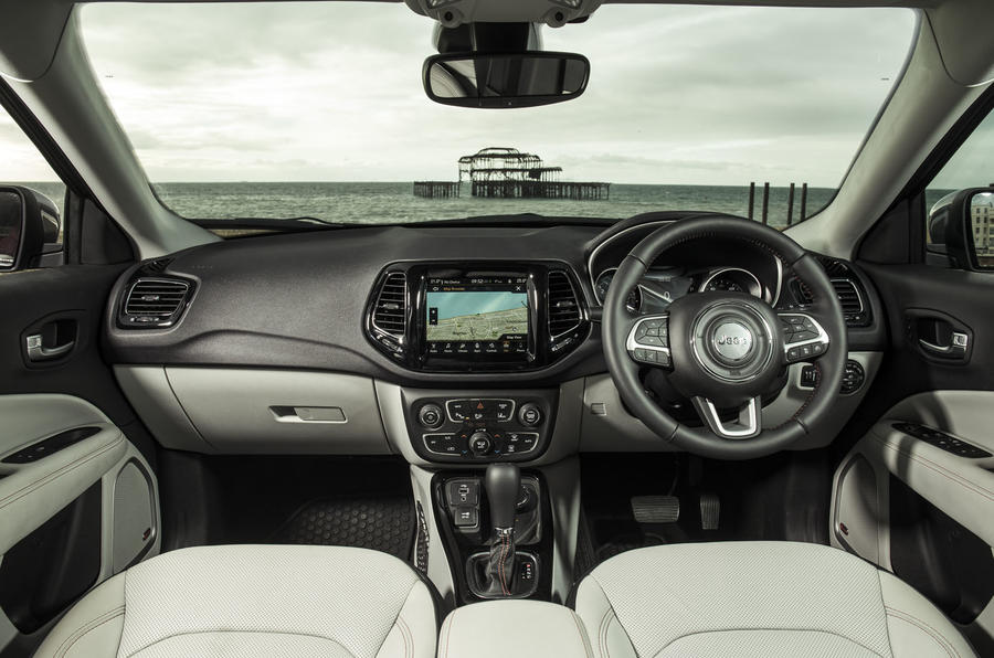 Jeep Compass 2018 UK review dashboard