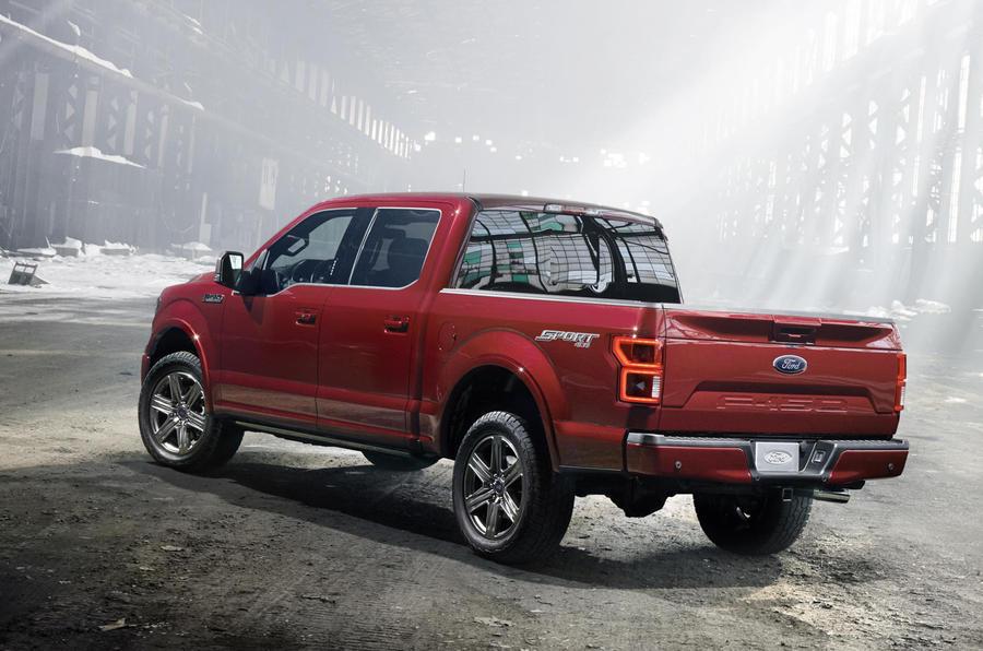 2017 ford f 150 pick up revealed with diesel option at detroit motor show autocar. Black Bedroom Furniture Sets. Home Design Ideas