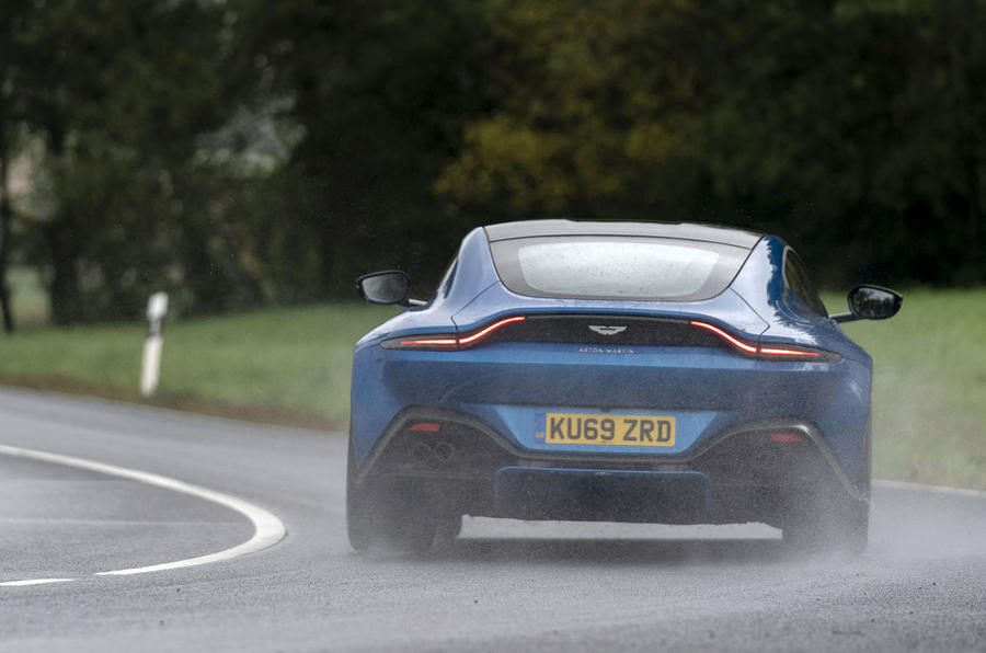 Aston Martin Vantage manual 2019 first drive review - cornering rear