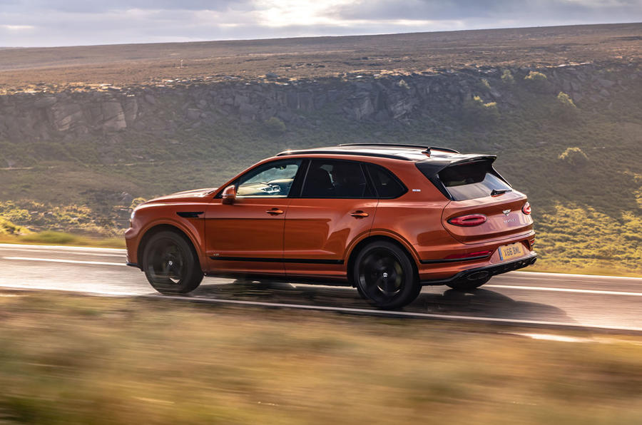 Bentley Bentayga 2020 UK first drive review - on the road side