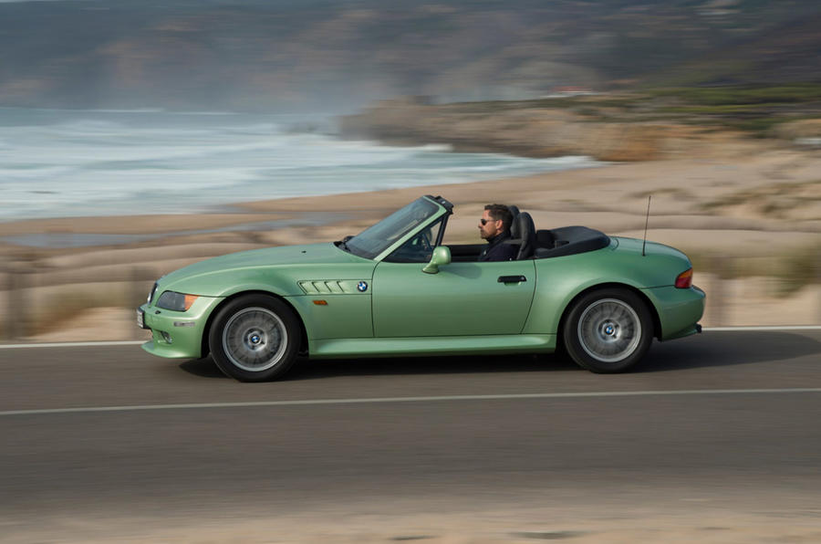 BMW Z3 - hero side