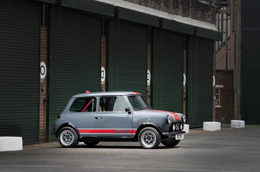 19 David Brown Mini Remastered Oselli 2021 UE FD façade statique