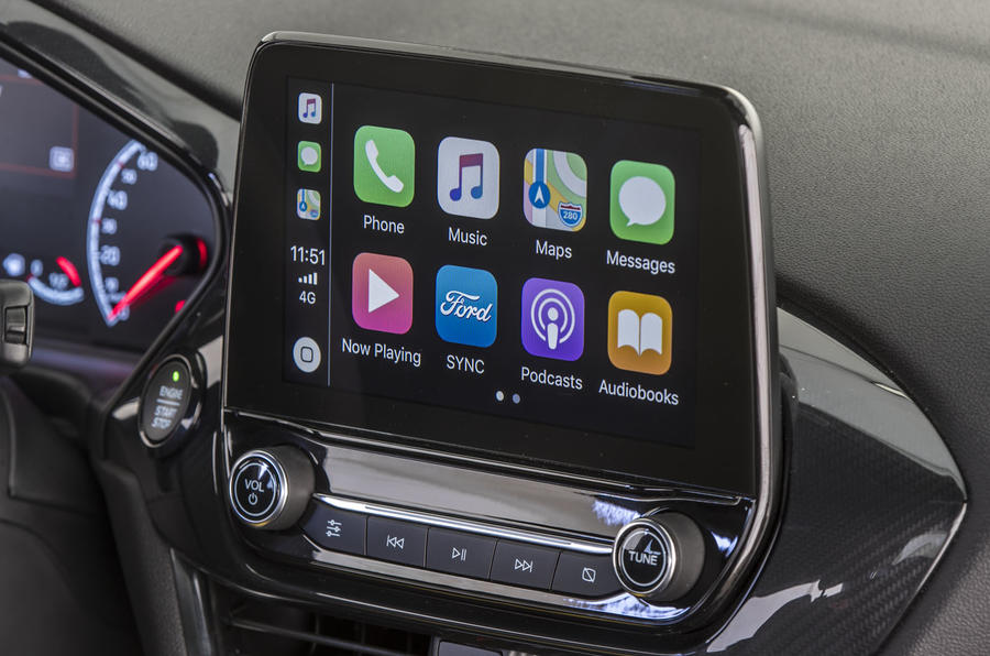 Ford Fiesta Active 2018 review infotainment CarPlay