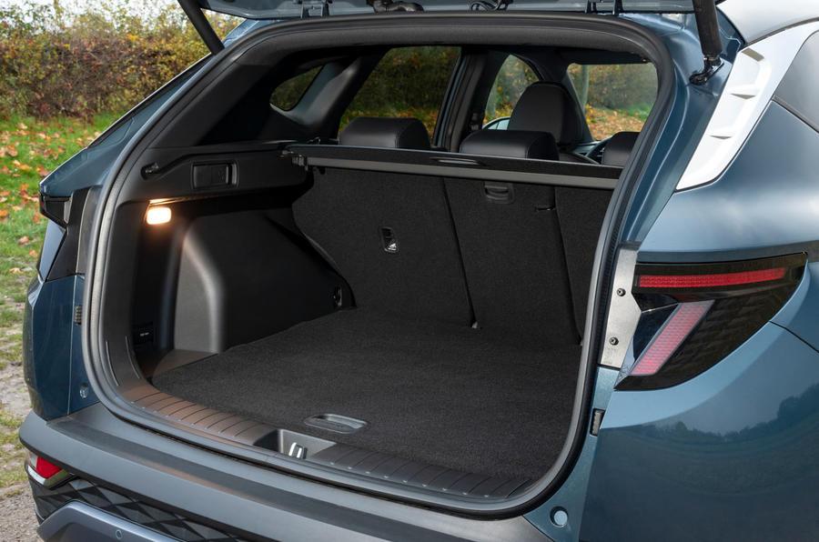 Hyundai Tucson 2020 UK first drive review - boot
