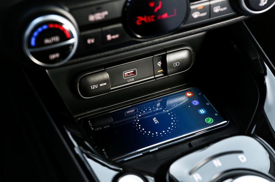 Kia Soul EV 2019 first drive review - wireless charging