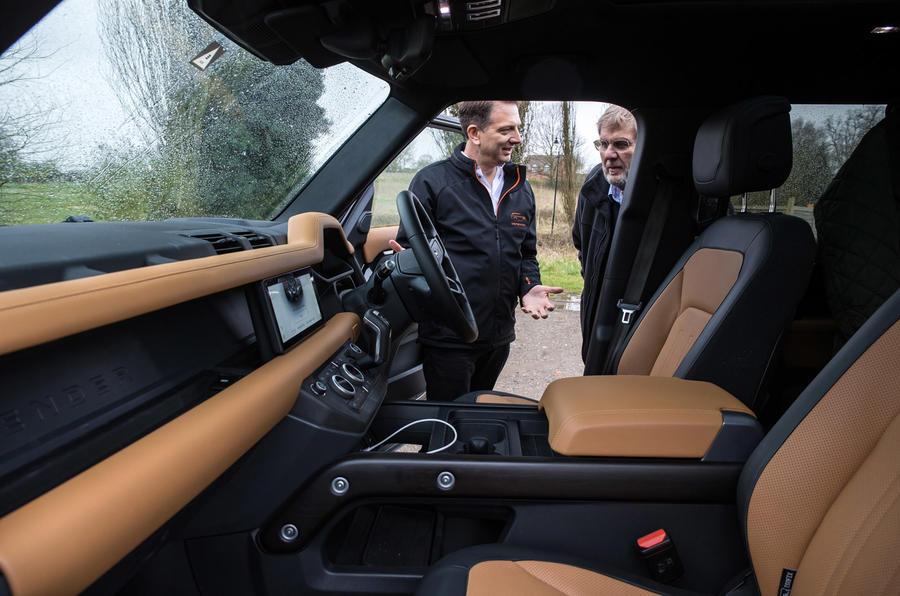 Land Rover Defender 2020 - interior