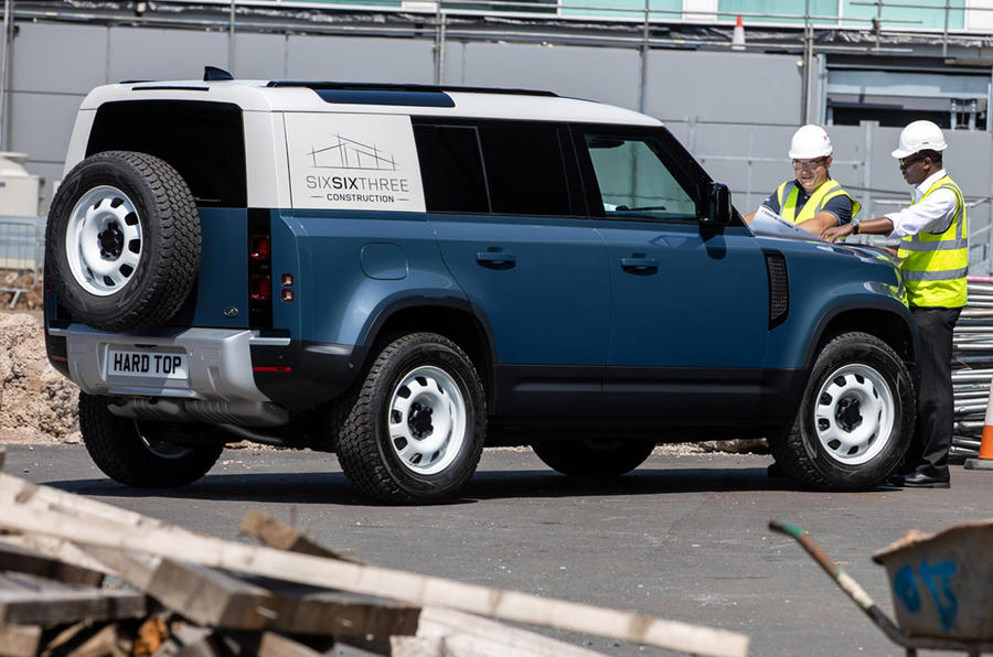 Land Rover Defender Hard Top - static rear