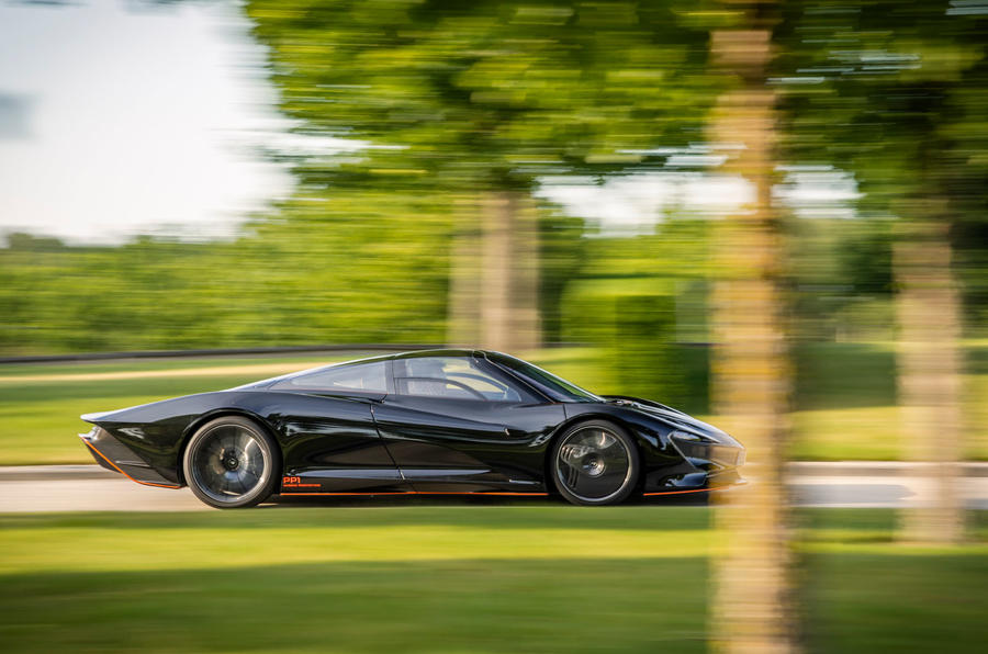 McLaren Speedtail 2020 UK first drive review - on the road side
