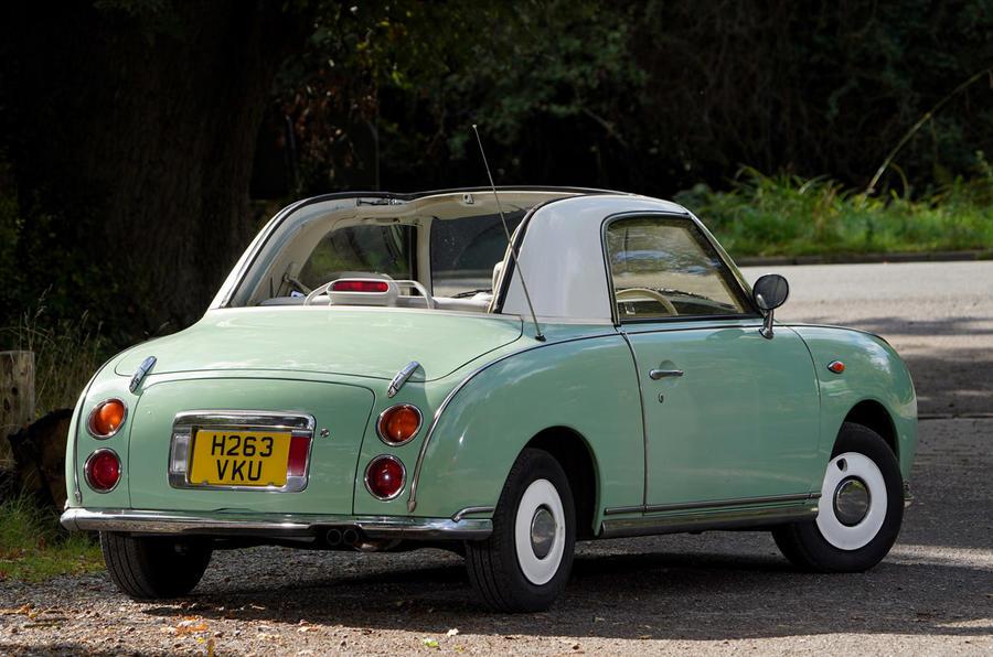 Nissan Figaro - rear