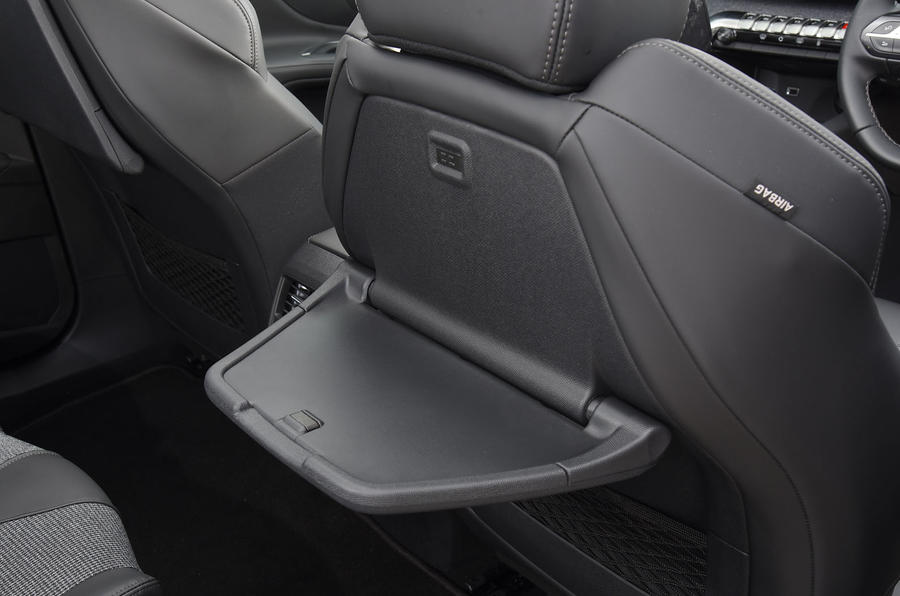 Peugeot 5008 2018 long-term review seat tables