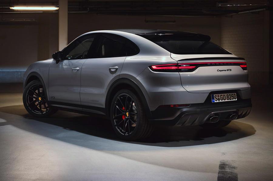 Porsche Cayenne GTS 2020 - static rear