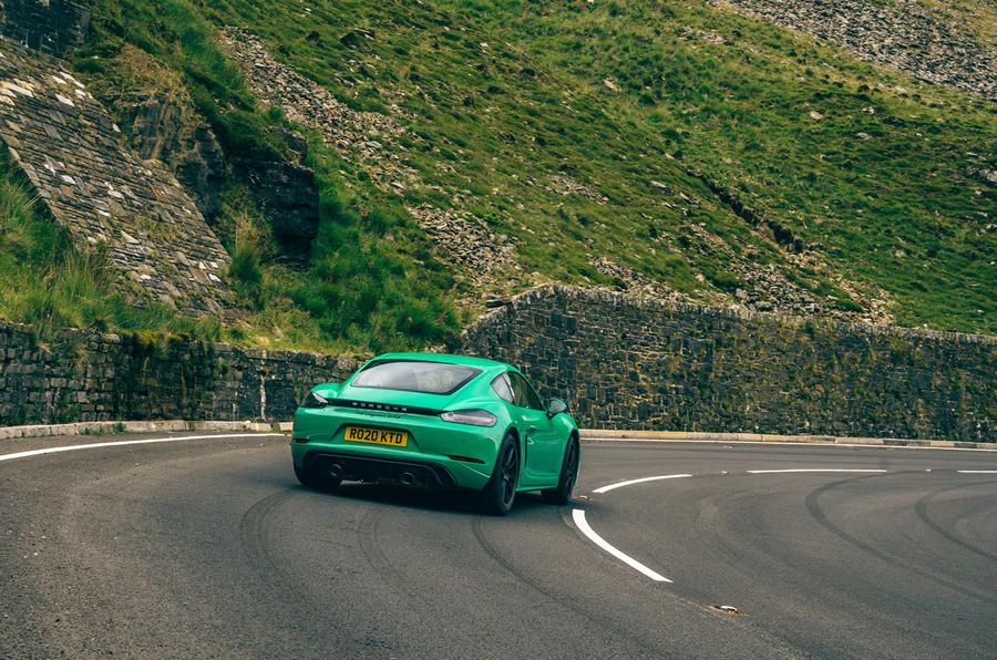 Porsche Cayman - hero rear