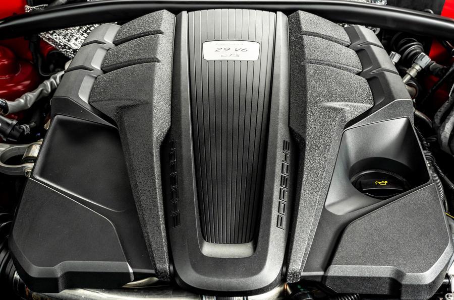 19 Porsche Macan GTS 2021 UE LHD premier essai moteur