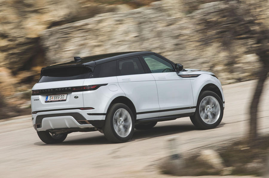 Range Rover Evoque 2019 first drive review - cornering rear