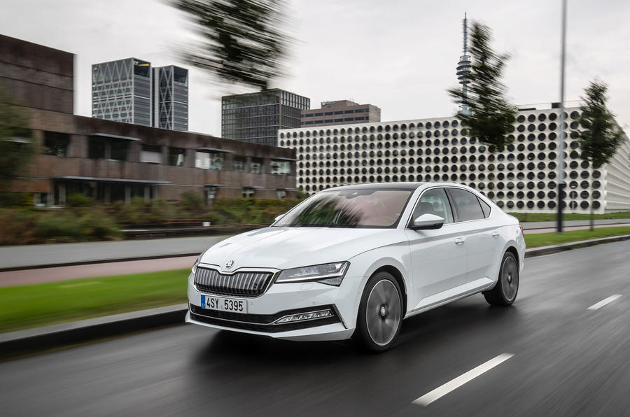 Skoda Superb iV 2020 first drive review - tracking front